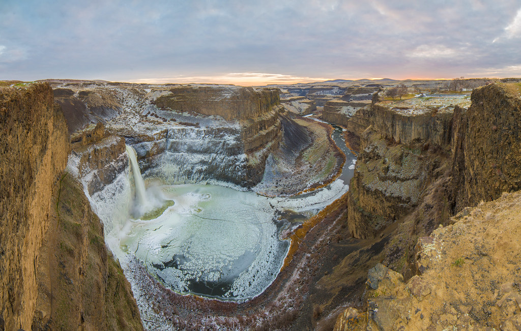 Fall Hills Wallpaper Palouse Falls Winter Here S A Different Take On This