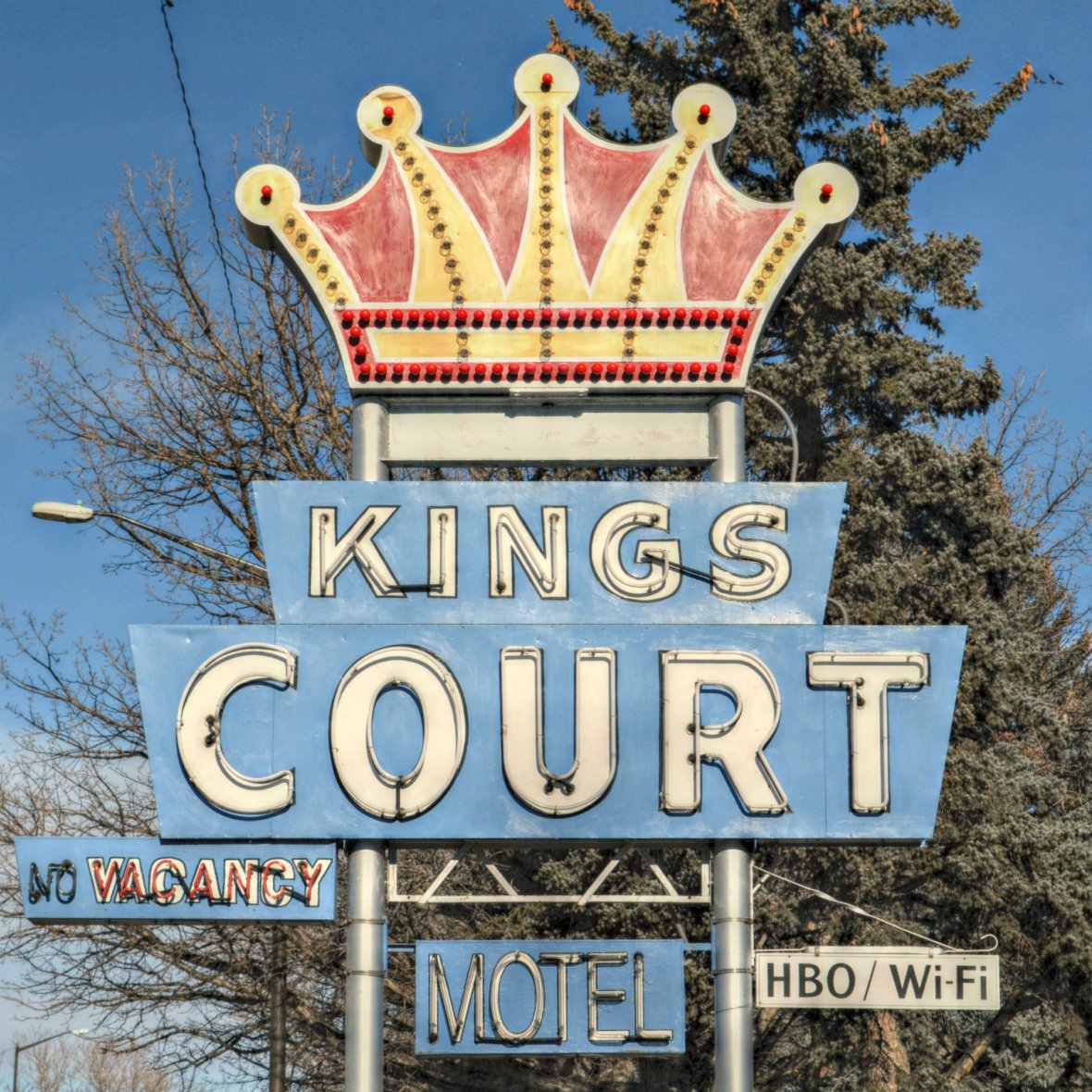 Kings Court - 928 North Lincoln Avenue, Loveland, Colorado U.S.A. - December 24, 2013