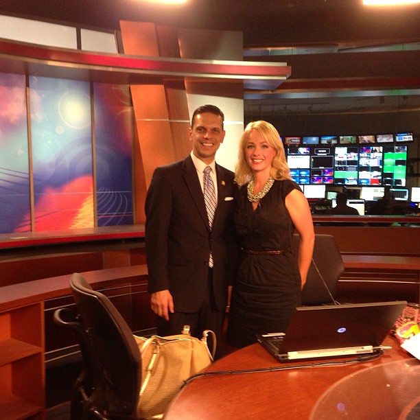 On the set with YNN News Anchor Kate Welshofer at YNN Alba