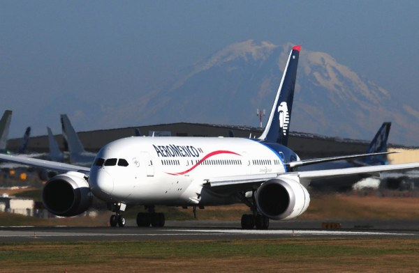 AeroMexico N961AM Boeing 787 First Flight moonm Flickr
