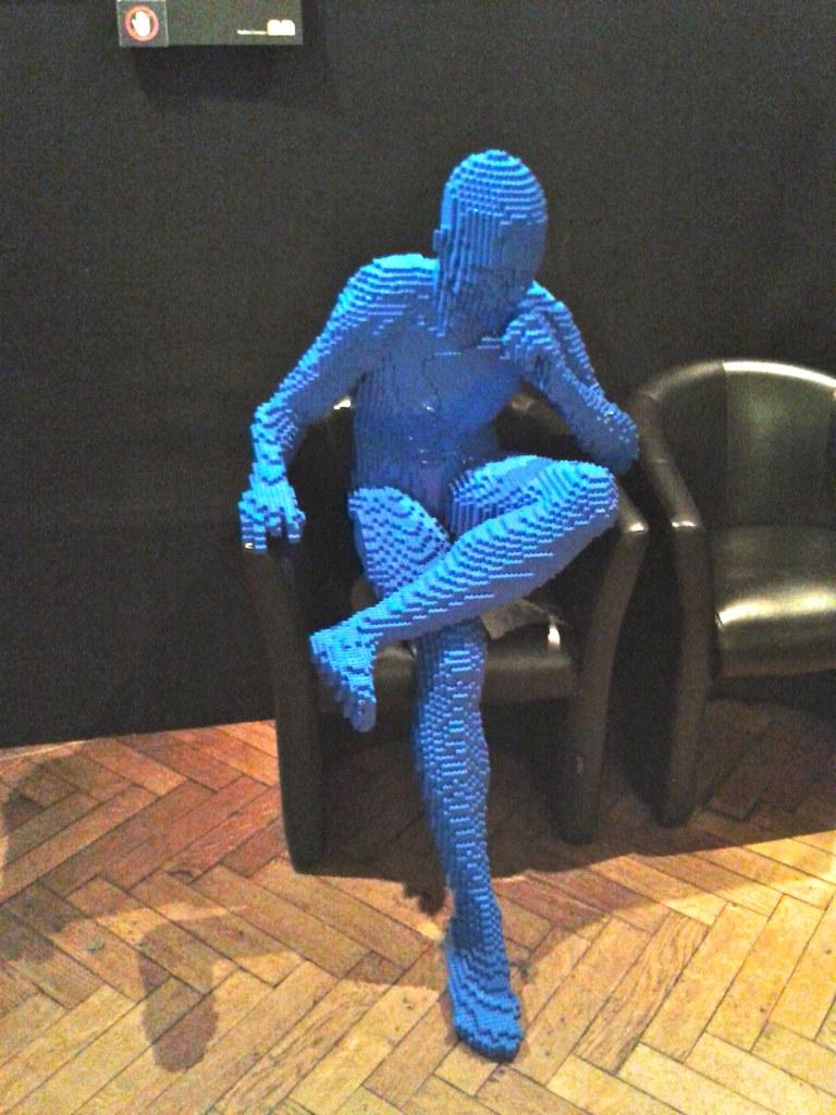 Thinking lego man  This is my idol  brickartistcom