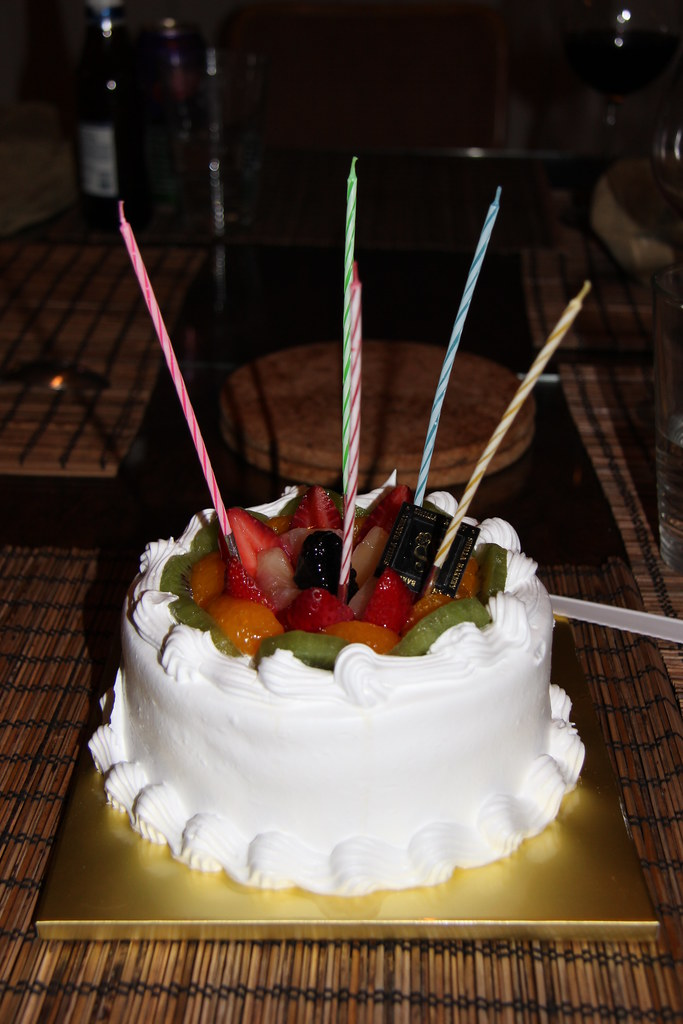 Korean Birthday Cake Delicous Sponge Cake Like The