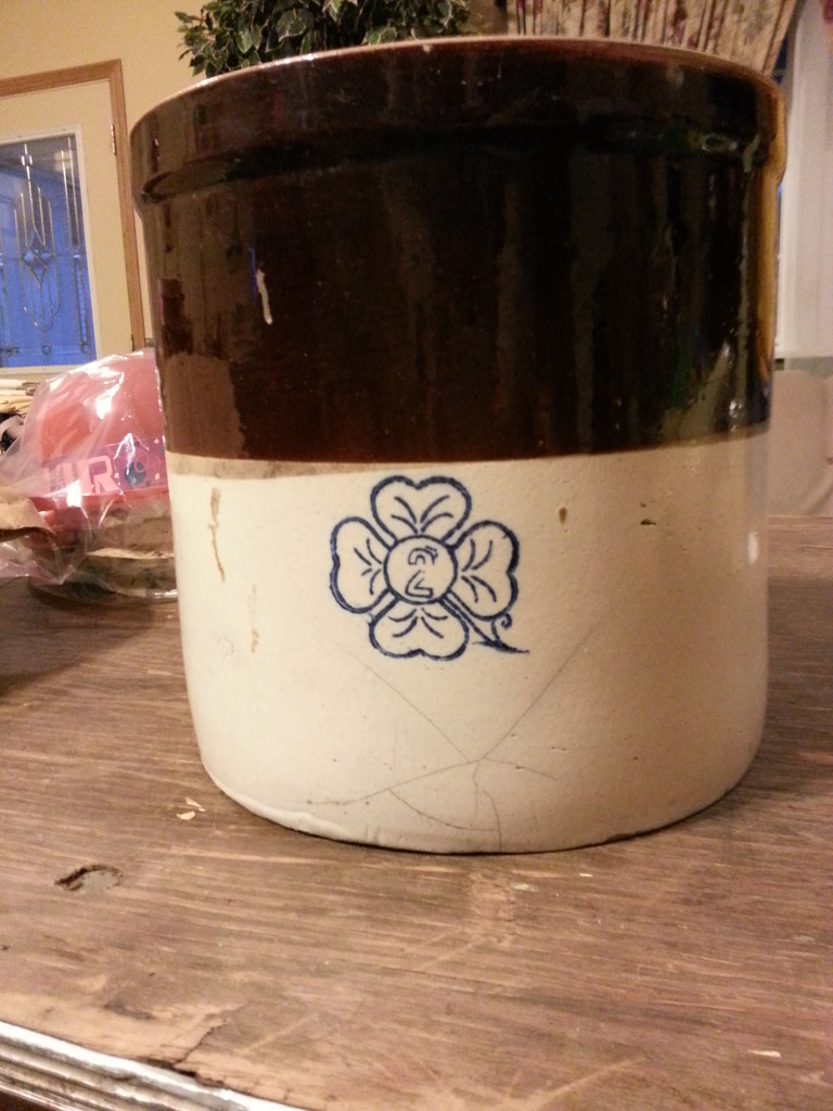 Alabama Miller Pottery Brown  Cream Crock with Cobalt Blu