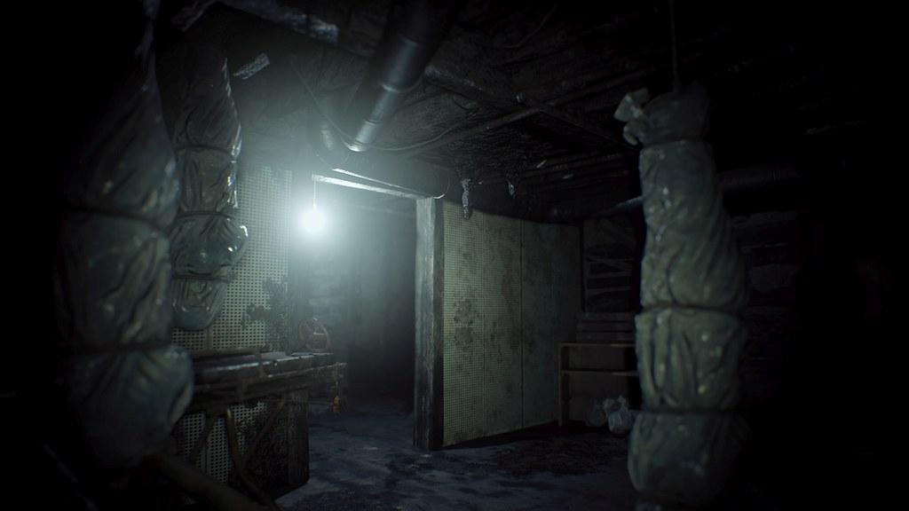 Resident Evil 7: Biohazard PSX 2016 Trailer