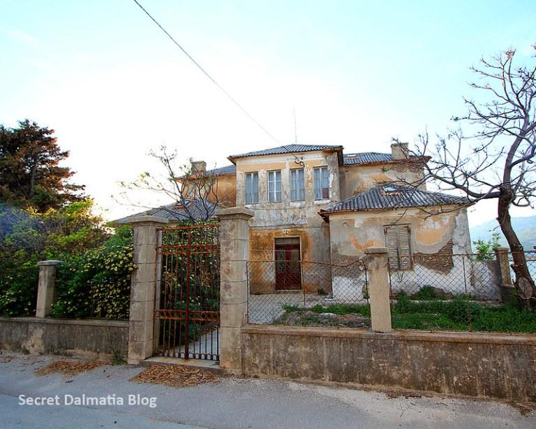 Now abandoned villa