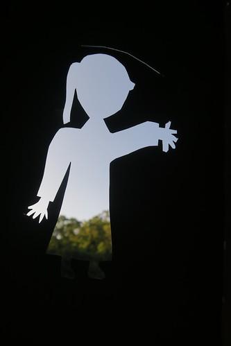 【玩紙箱】框內風景多采的「空心人」(11.11ys)