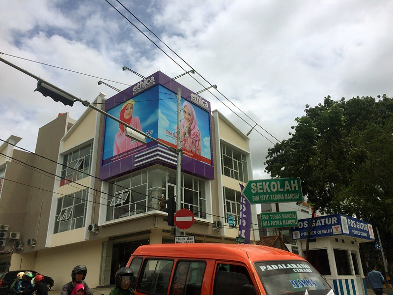 Grand Launching Ethica Store Cimahi | Hola Darla