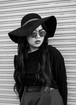 Black - panama hat