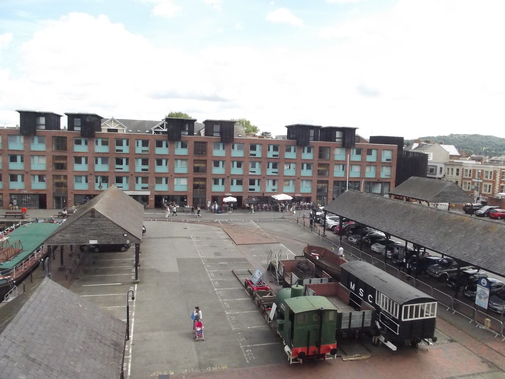 Gloucester Waterways Museum  Gloucester Docks  Railway W