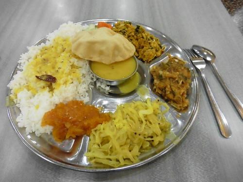 Dónde comer y gastronomía en Singapur; el mejor país de Asia para comer. Platos típicos y precios. Chicken Rice.