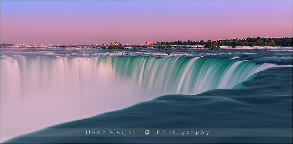 Majestic Fall Wallpaper Horseshoe Falls Niagara Falls Canada After Sunset