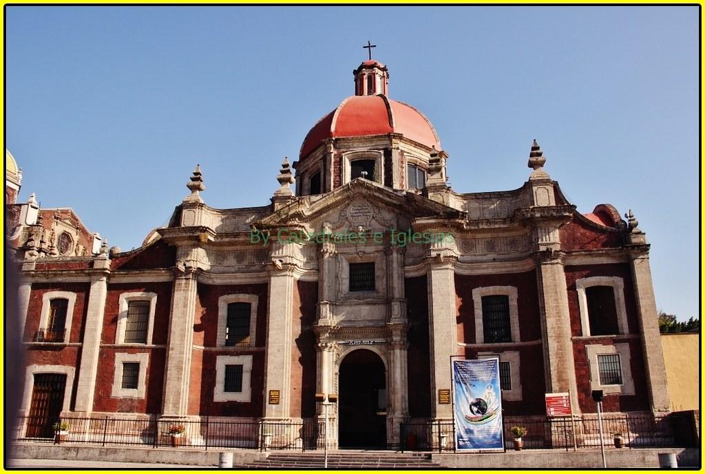 Ex Convento Capuchinas y Parroquia de Santa Maria de Guada