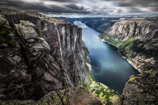 lysefjord kjerag - norway