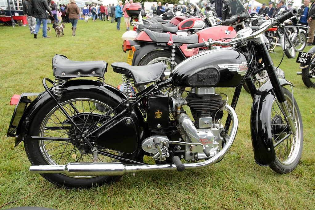 3d Classic Wallpaper Royal Enfield Clipper 250 1954 Cholmondeley Classic