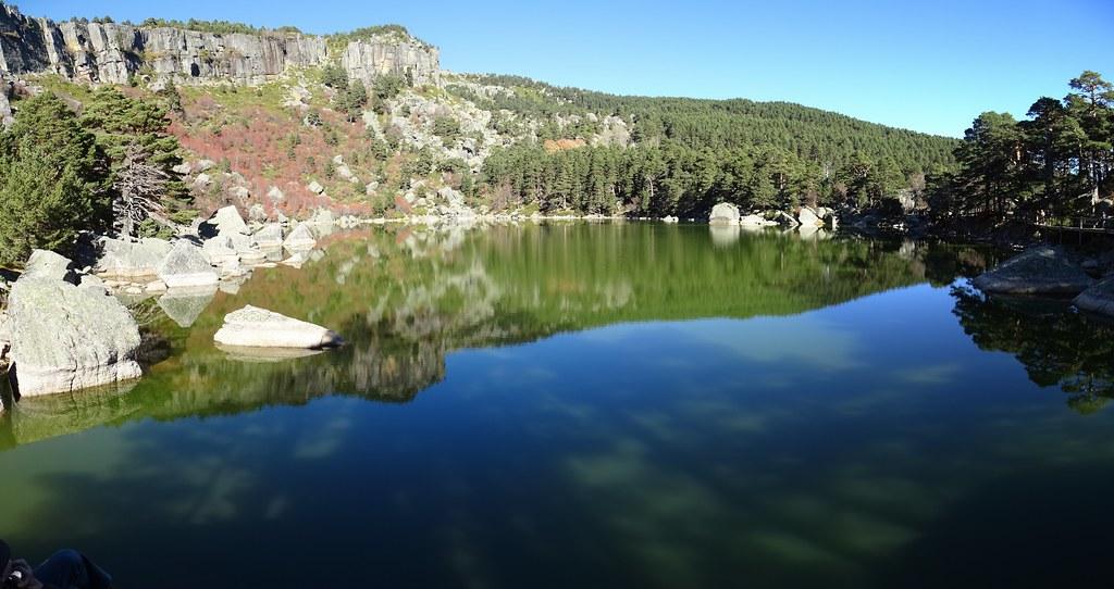 La Laguna Negra Soria Parque Natural Sierra Urbión 01 panoramica