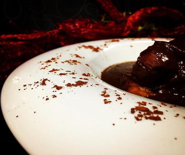 Pavo con chocolate y mole poblano