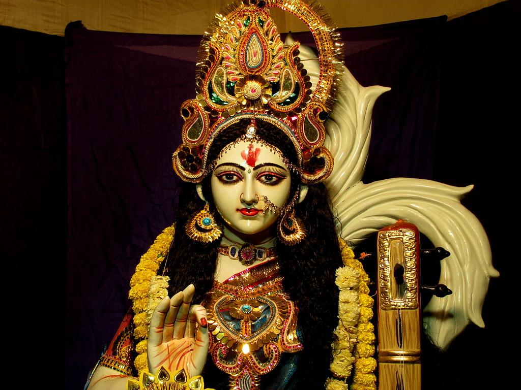 Saraswati Devi Wallpaper 3d Devi Saraswati Jaya Jaya Devi Chara Chara Share Kucho