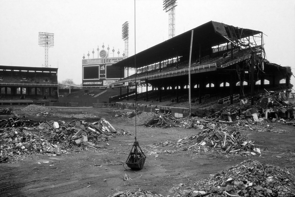 Comiskey Park Demolition Demolition Of A Once Great