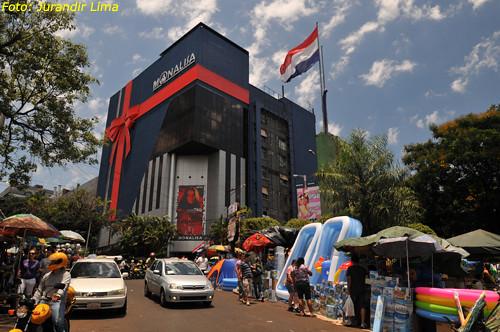 Loja Monalisa  Ciudad del Leste  Paraguay  Comrcio na