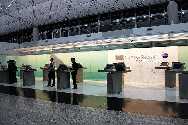 Cathay Pacific First Class check-in counters | Flickr - Photo Sharing!