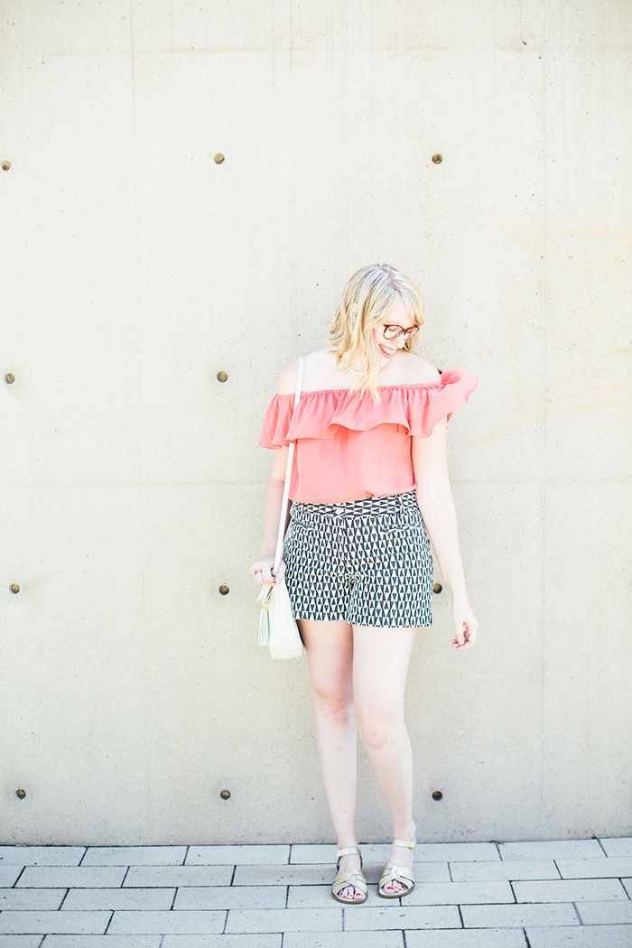printed shorts OTS blouse1
