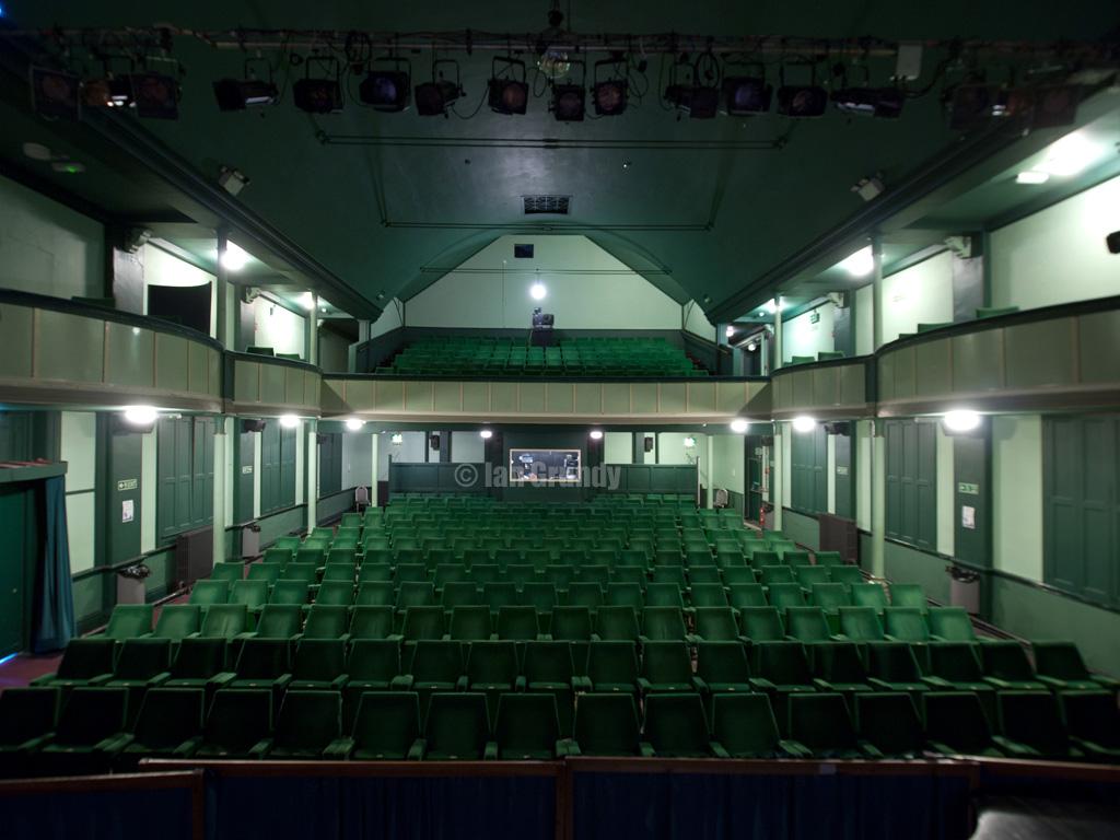Whitby Pavilion 9545  Pavilion Theatre Whitby Little