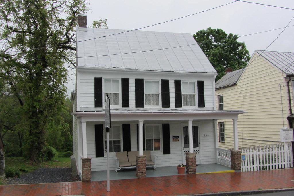 Patsy Cline house Winchester  Patsy Cline house Kent St