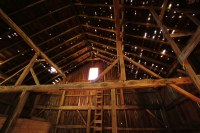 Old barn interior | Interior of old dilapitated barn ...