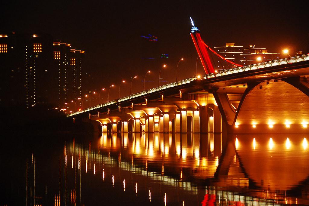 LiHu Bridge03  WXWuLihu BridgeWuxiChina