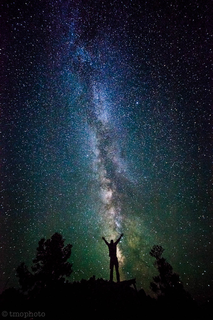 Iran Girl Hd Wallpaper Self Portrait With The Milky Way In Great Basin National P