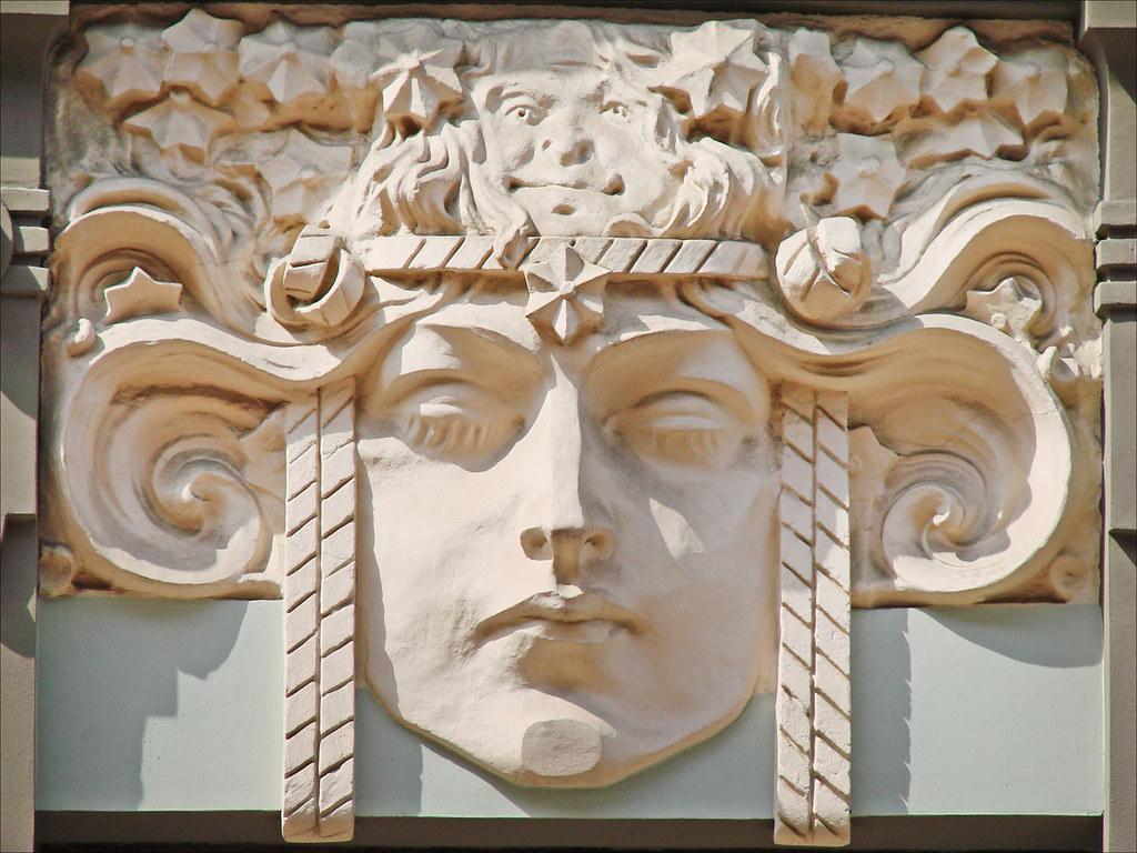 Immeuble art nouveau Riga  Elment de dcor mascaron