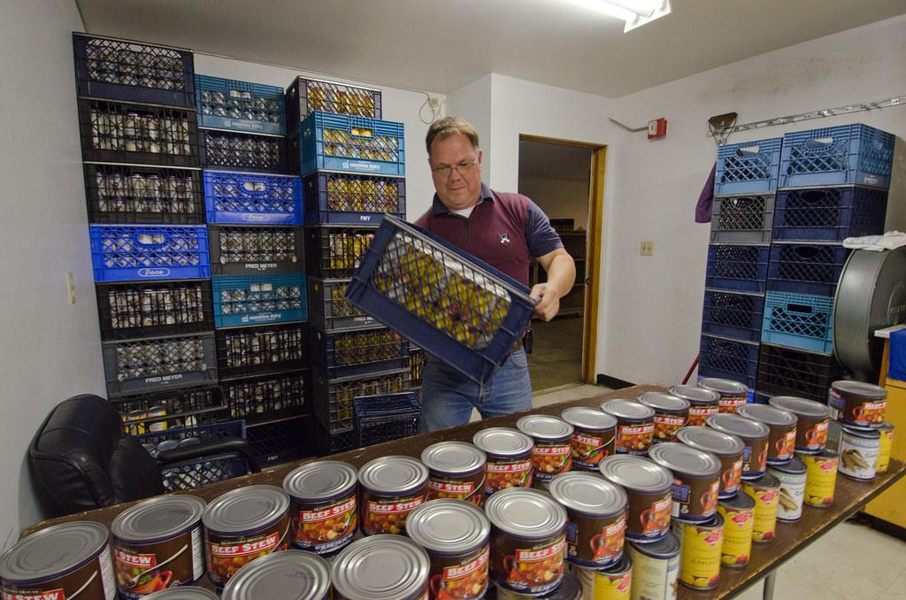 20111020 Fns Lsc 0063 Tukwila Pantry Executive Director