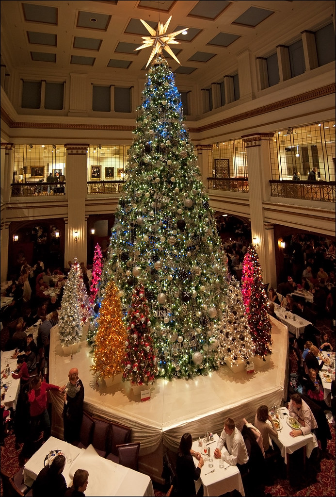 The Walnut Room Christmas Tree An Annual Tradition The
