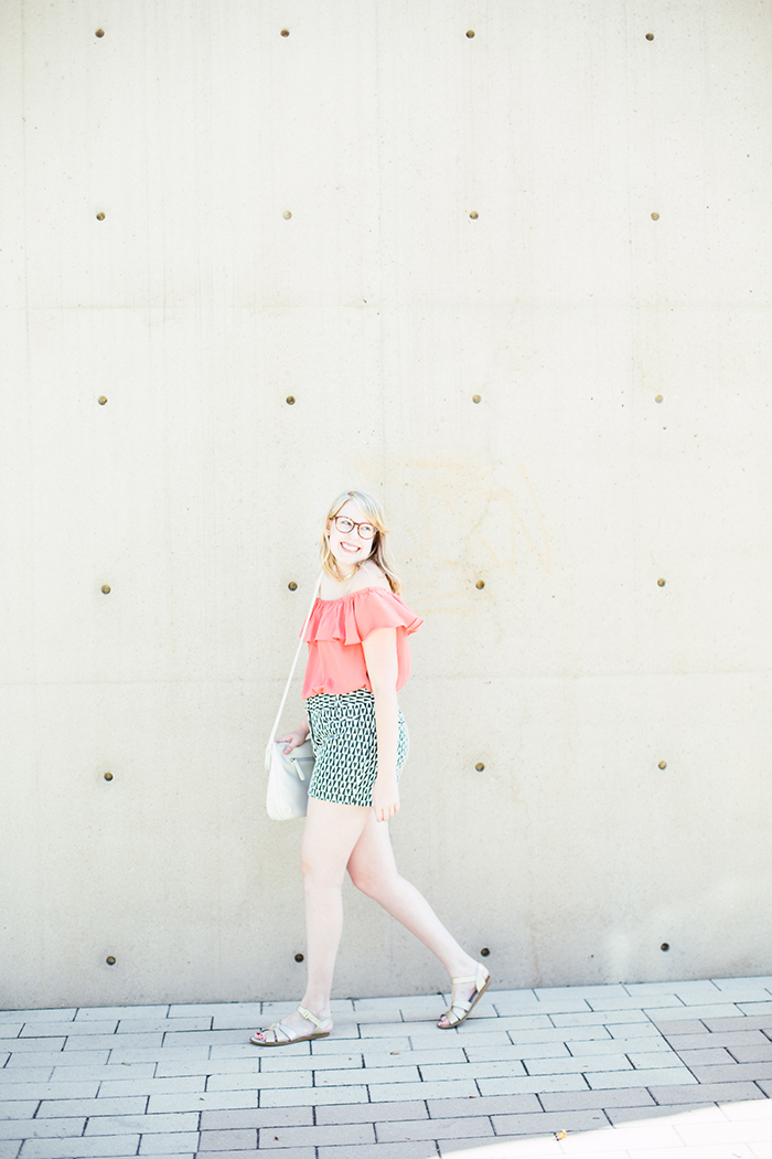 printed shorts OTS blouse8