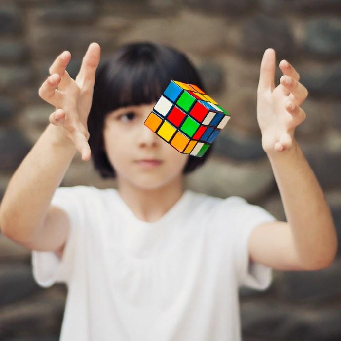 Картинки по запросу rubik's cube kid quality photo