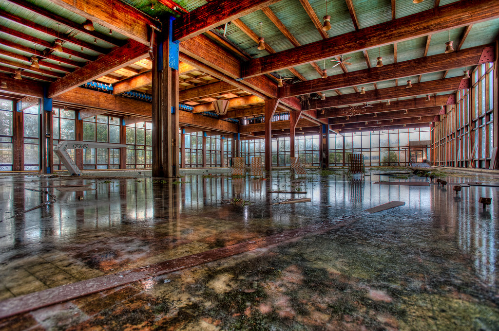 Grossingers Catskill Resort  Almost the entire indoor pool  Flickr