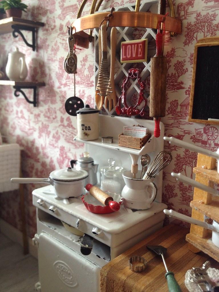 Vintage stove love  Kim Saulter  Flickr