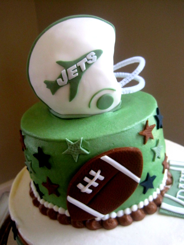 Jets Football Cake By The Cake Fairy On Facebook At Www