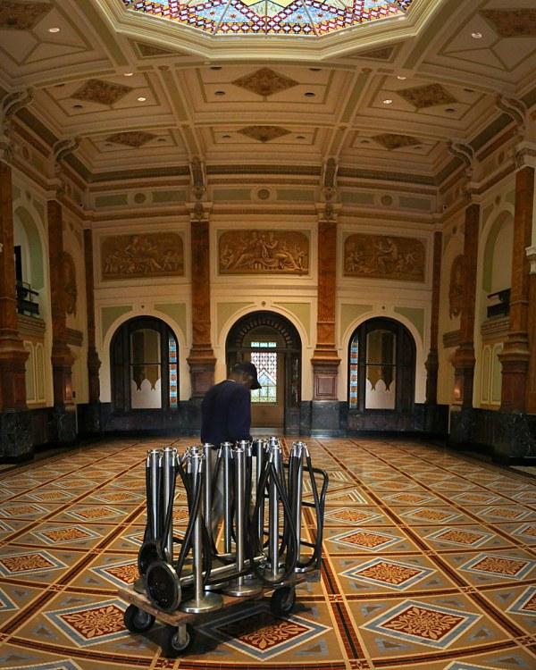 Moving Stanchions American Art Museum Washington Dc