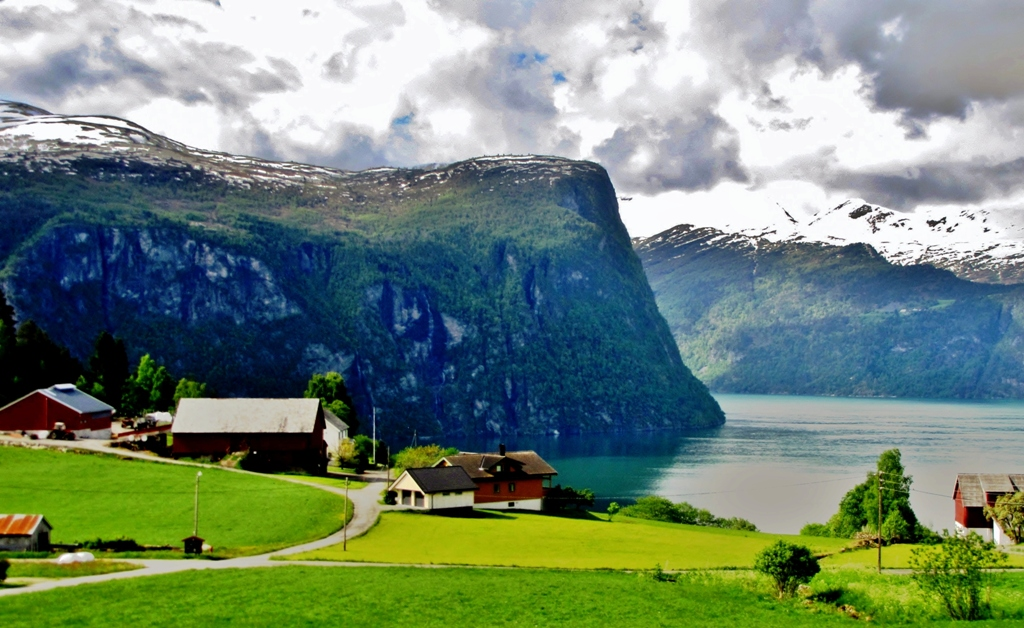 Norway Scenery Fyords of Beauty  Summertimes means green