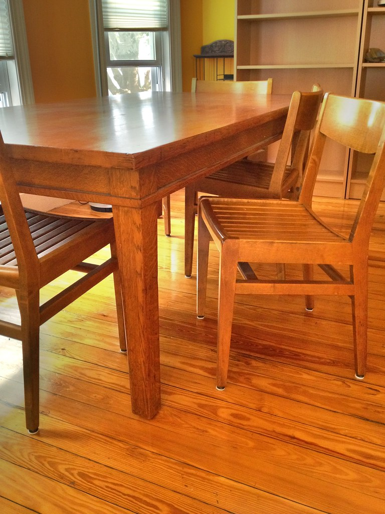 oaklibrarytable  6 chairs 400  SOLD  boston