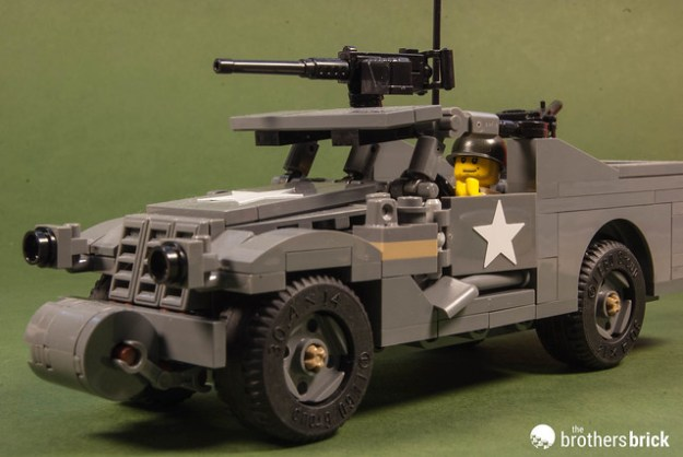 Brickmania M3A1 Scout Car