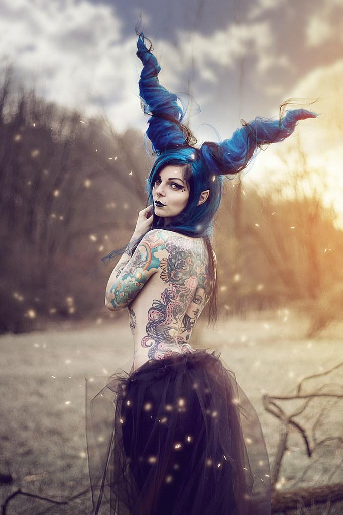 Girl Wallpaper Riae Maleficent Modella Riae Suicide Inblack Cesare