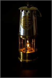 A Working Davy Lamp | The Davy lamp is a safety lamp for ...
