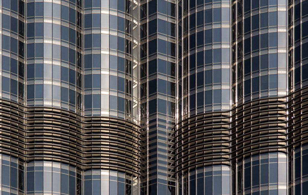 Glass Curtain Wall II Burj Khalifa  With a surface area