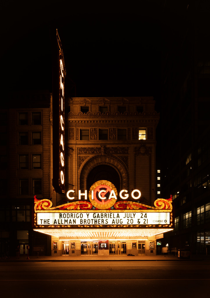 Chicago Theater Facade  Usually I go for crazy light