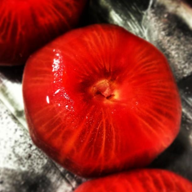 Tomates para ensalada capri, ensalada caprese o simplemente carpres. koketo