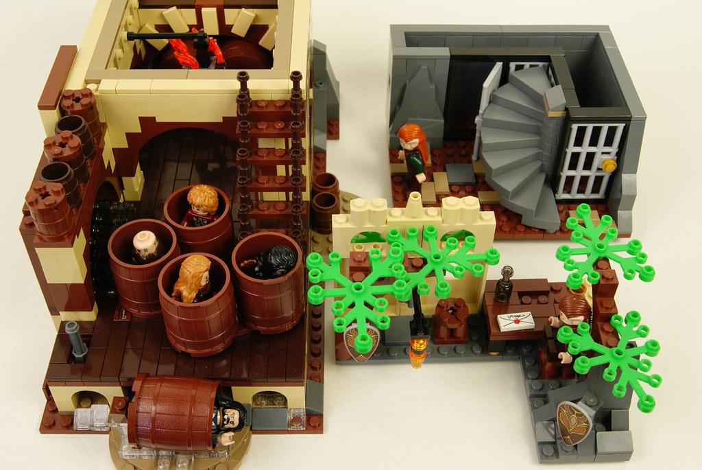 Lego Hobbit MOC  Modular Barrel Escape Modules  A