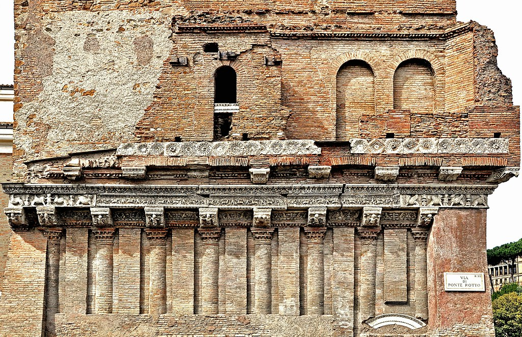 Casa dei Crescenzi  Ruined House of Crescentius the Elder