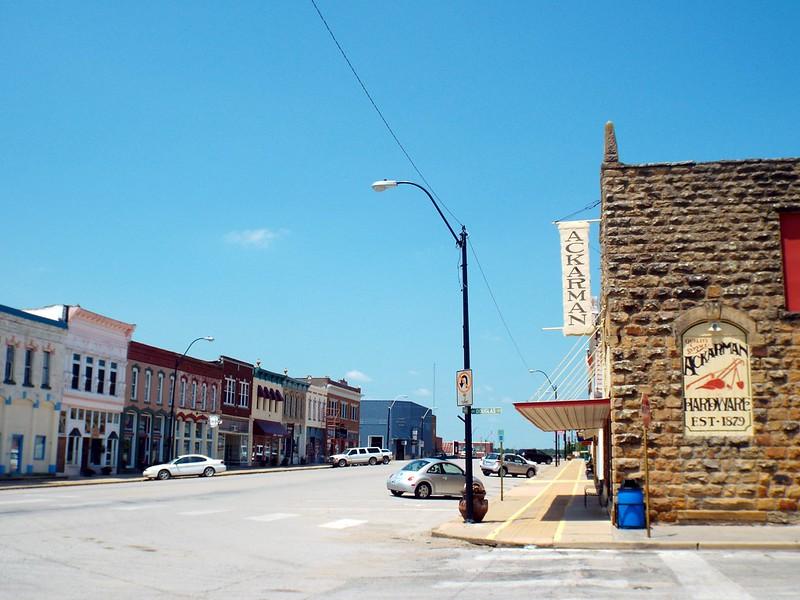 Sedan, Kansas, USA - the tea break project solo female travel blog